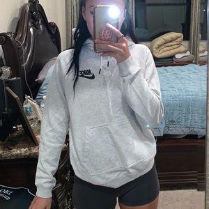 Nike hoodie (grey)